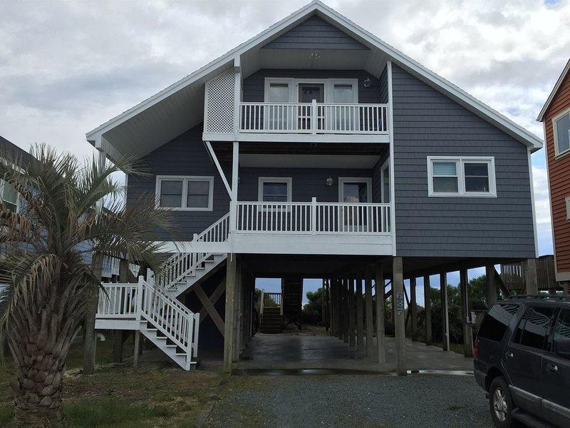 The Parrothead Palace, aluguéis de temporada em Holden Beach