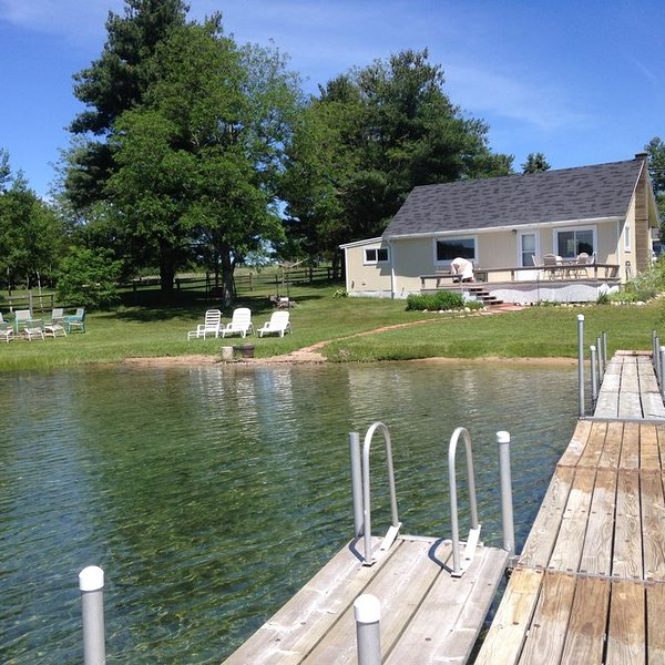 Silver Lake Cottage in Traverse City Private Frontage with Pontoon for rent, holiday rental in Grawn