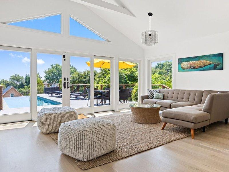 Modern Home w/Ocean View & Heated Pool, private beach access, location de vacances à Montauk