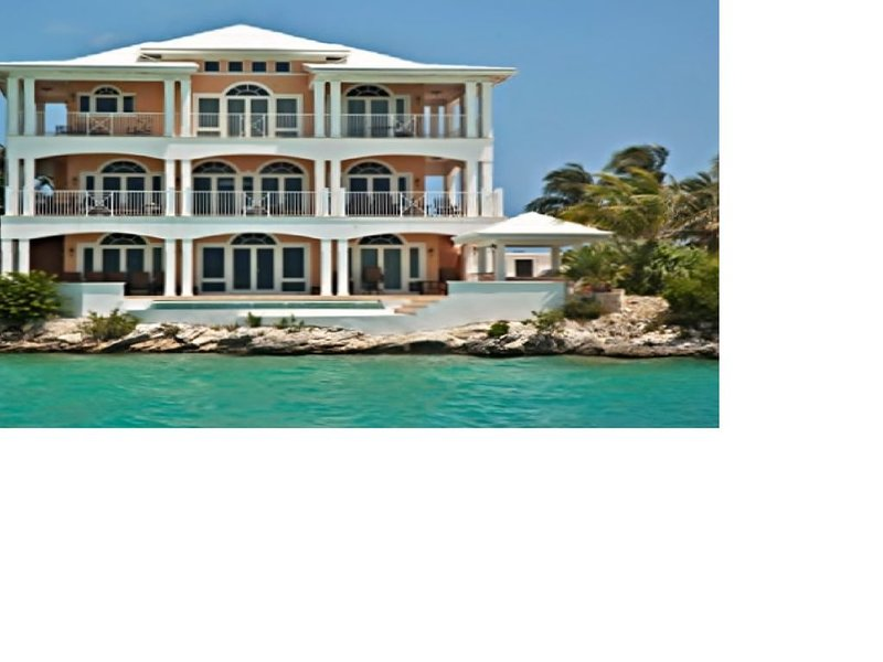 Spectacular Oceanfront Home on Great Exuma, Bahamas!, vacation rental in George Town