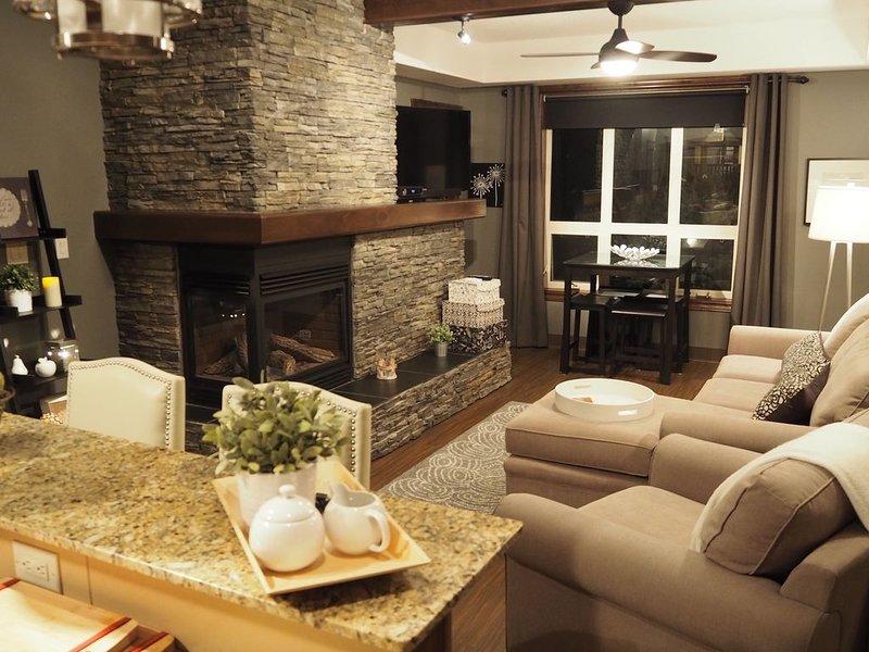 Executive 2 Bedroom Condo, alquiler de vacaciones en Radium Hot Springs