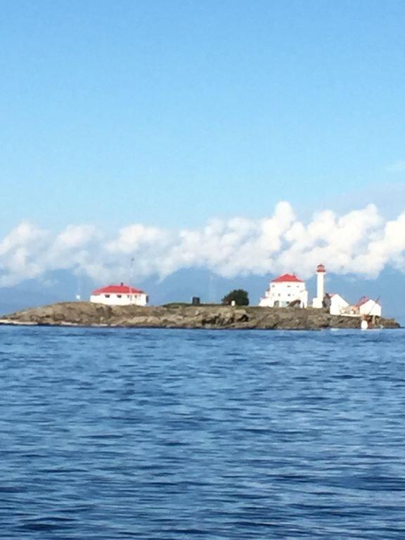 En av våra lokala attraktioner Chrome Island.