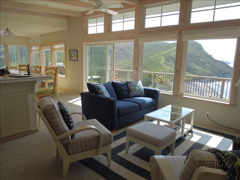 Ocean Views from Every Room!, holiday rental in Marin County