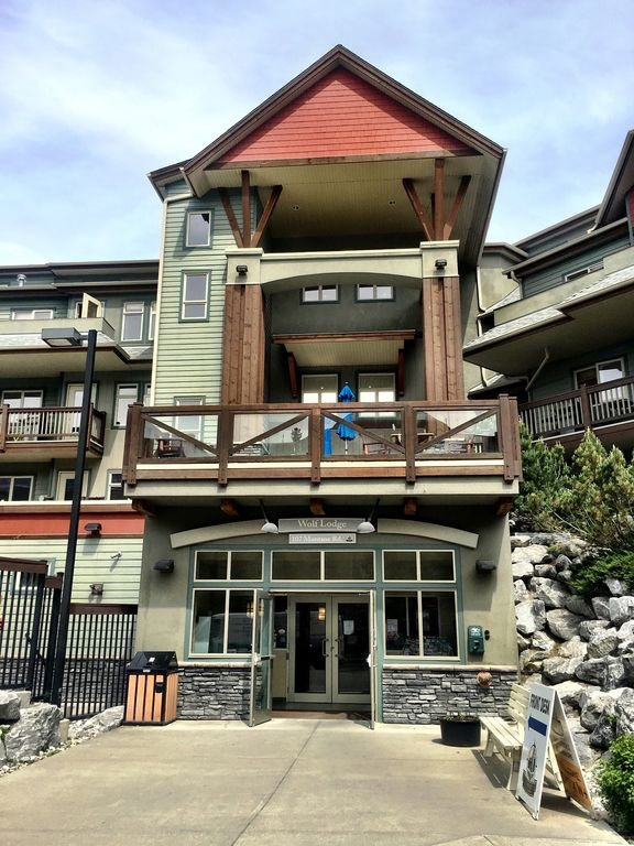 The Lodges of Canmore entrance.