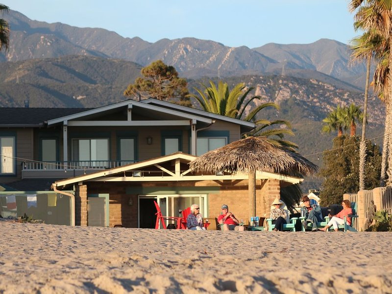 Right on the Sand, 4 Bedroom Beach House!, vacation rental in Carpinteria