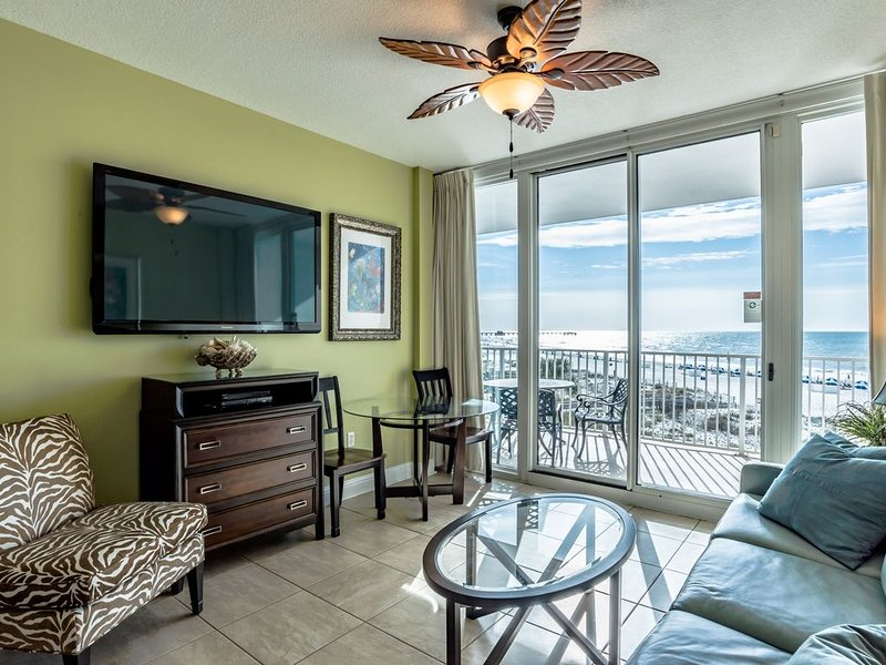 LIGHTHOUSE #316 - Luxury Oceanfront Unit +Park near Door, alquiler de vacaciones en Gulf Shores