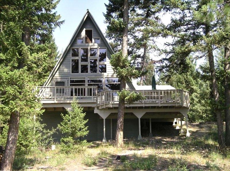 Lakefront Cabin Getaway, location de vacances à Marion