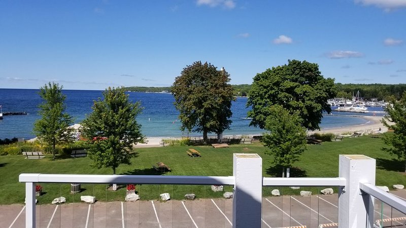 New 2018 Condo - Water View - Walk To Everything, holiday rental in Cedar River
