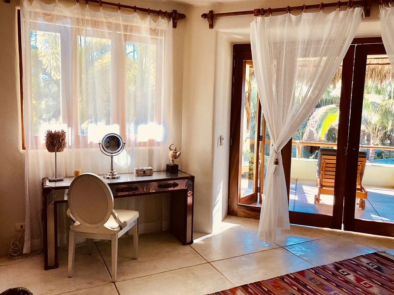 Beauty and the Beach!, vacation rental in Higuera Blanca