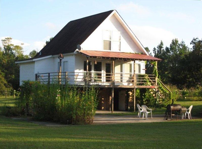 136 Acres of Beauty, Nature, Serenity on the Satilla River near Waycross  Ga., casa vacanza a Nahunta