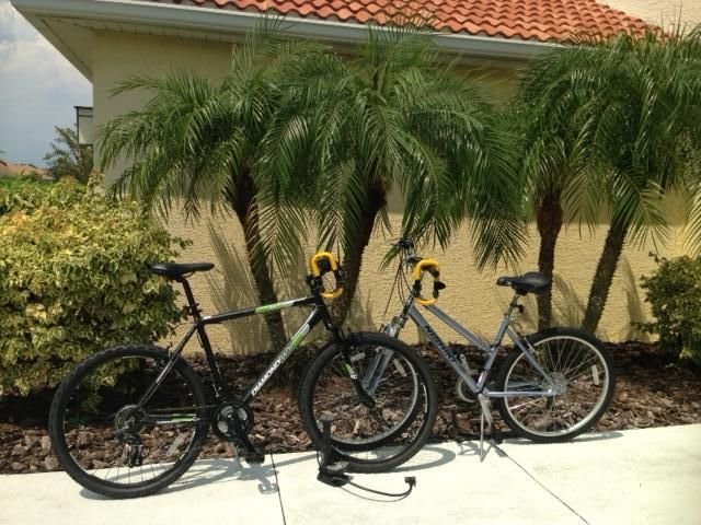 Men's & Women's Mountain Bikes with air pump and locks.
