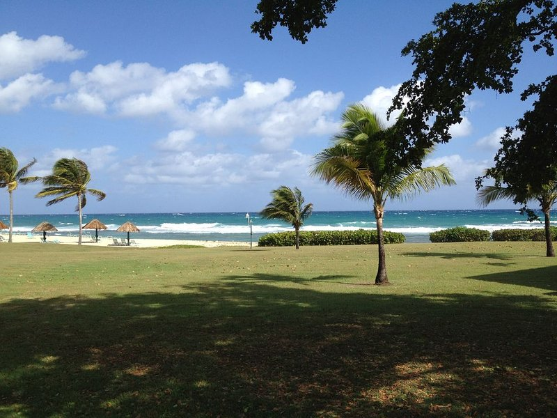 Paradise On The Beach!, holiday rental in St. Croix