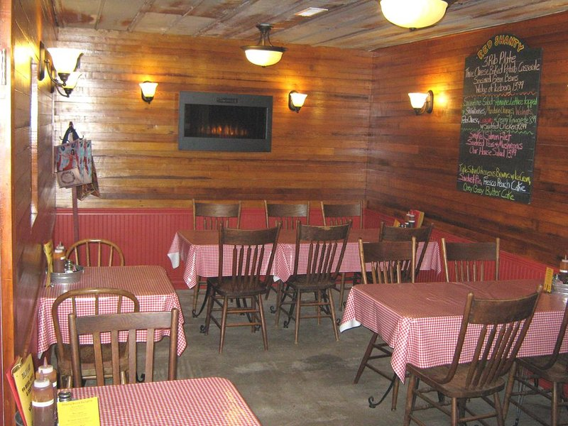 Red Shanty Cafe Indoor Dining Room