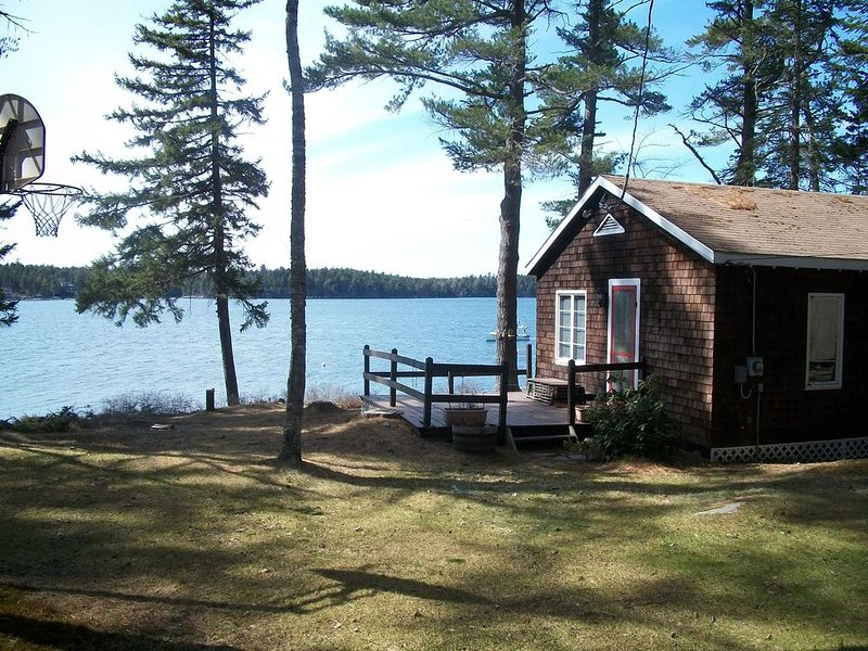 Waterfront Cottage near Bath Maine, vakantiewoning in Bath