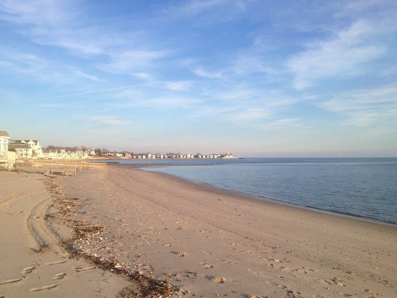Beach Vacation Get-Away – Near All Conveniences. You Decide Which You Want., vacation rental in Southport