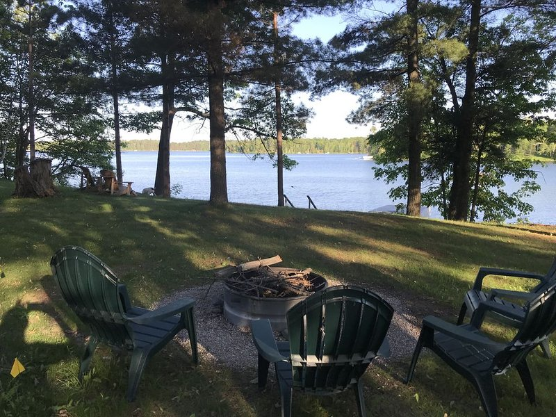 Voted Most Beautiful Lake!  Woman Lake Chain-4 Seas Home!, holiday rental in Longville