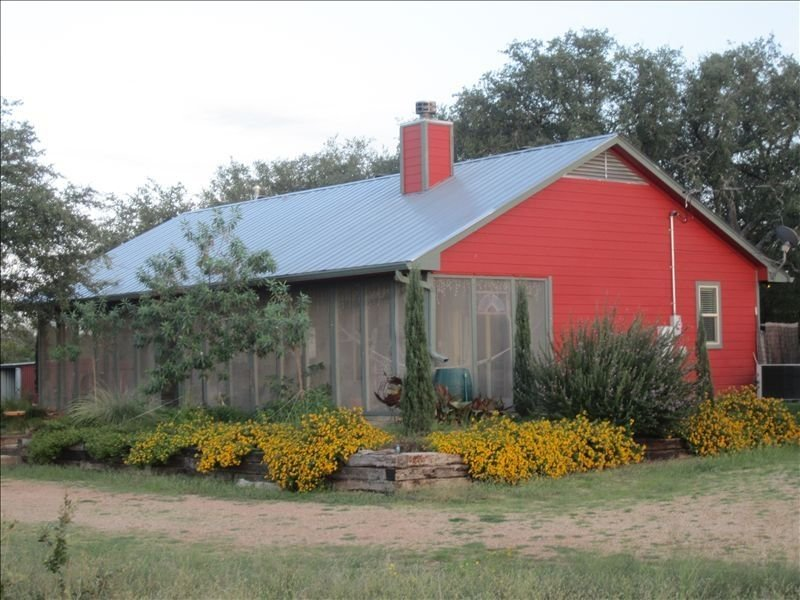 Llano River Retreat on the Llano River, holiday rental in Pontotoc