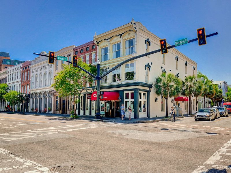 Soho Suite-Where Luxury & Location Meet, vacation rental in Charleston