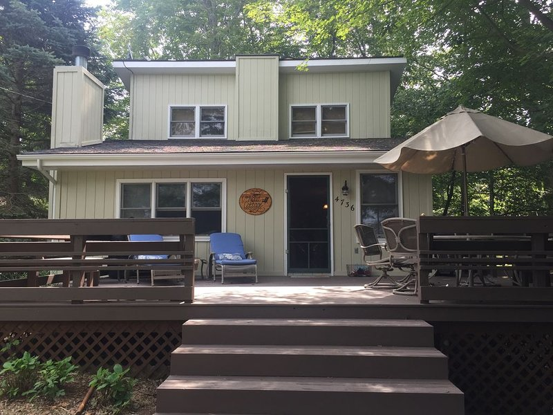 4bdrm Lake Michigan Home w/Beach Access, location de vacances à Oceana County
