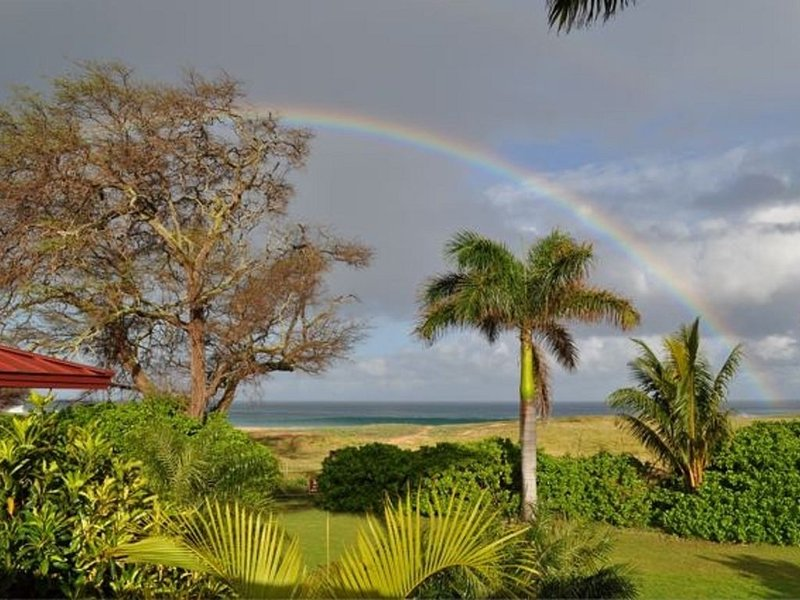 Oceanfront Home DISCOUNTED RATES  for 1 or 2 bedrooms, Ferienwohnung in Molokai