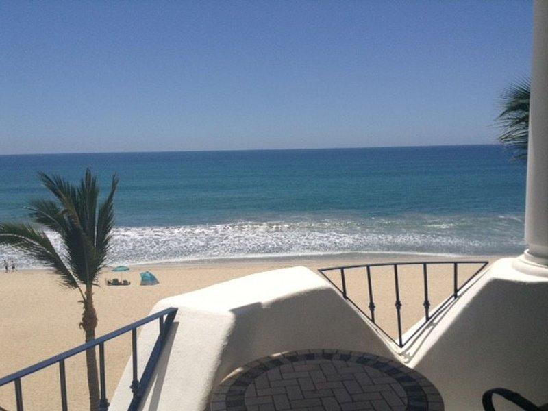 Our gem on the beach., location de vacances à San Jose Del Cabo