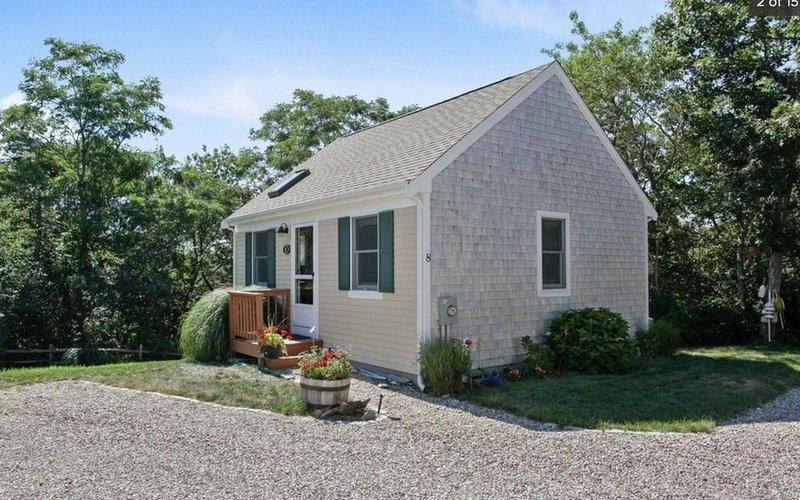 Cottage with bonus living area in N. Truro, on the beautiful Outer Cape, vacation rental in Truro
