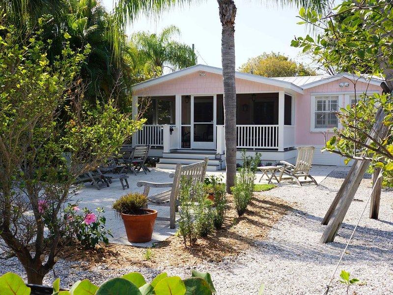 Charming Cottage in the Historic Village in Boca Grande, alquiler de vacaciones en Boca Grande