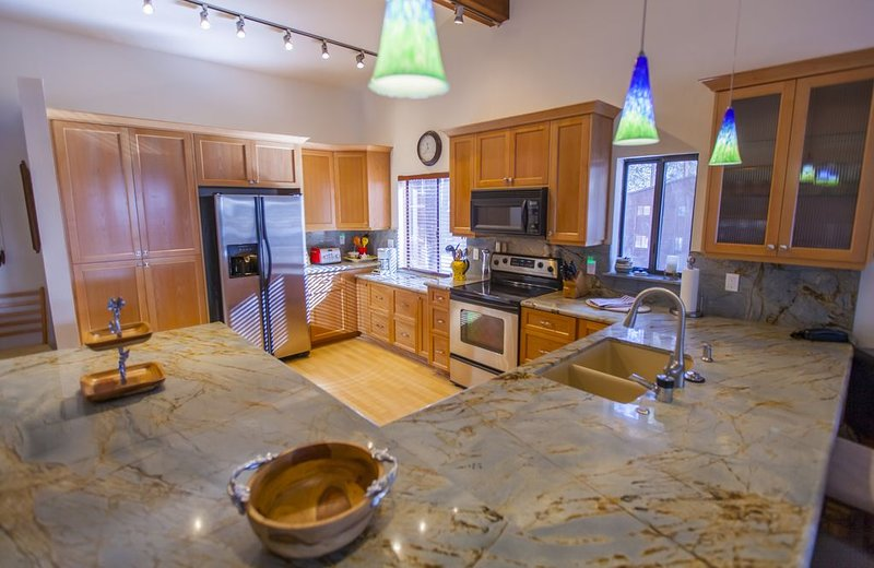 Remodeled fully Stocked Kitchen with Granite counter tops