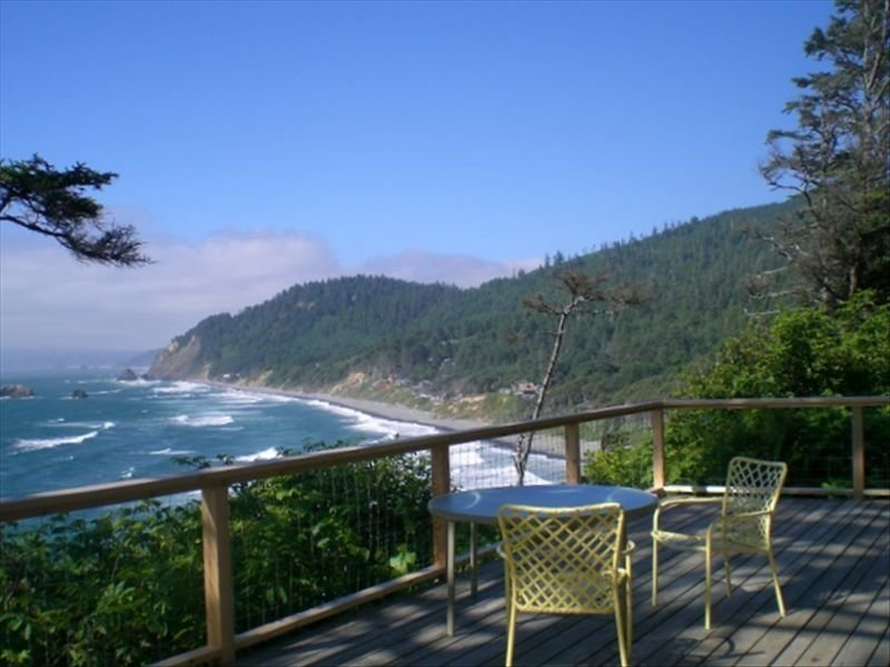 Rustic Cabin with Spectacular Ocean View, holiday rental in Arch Cape