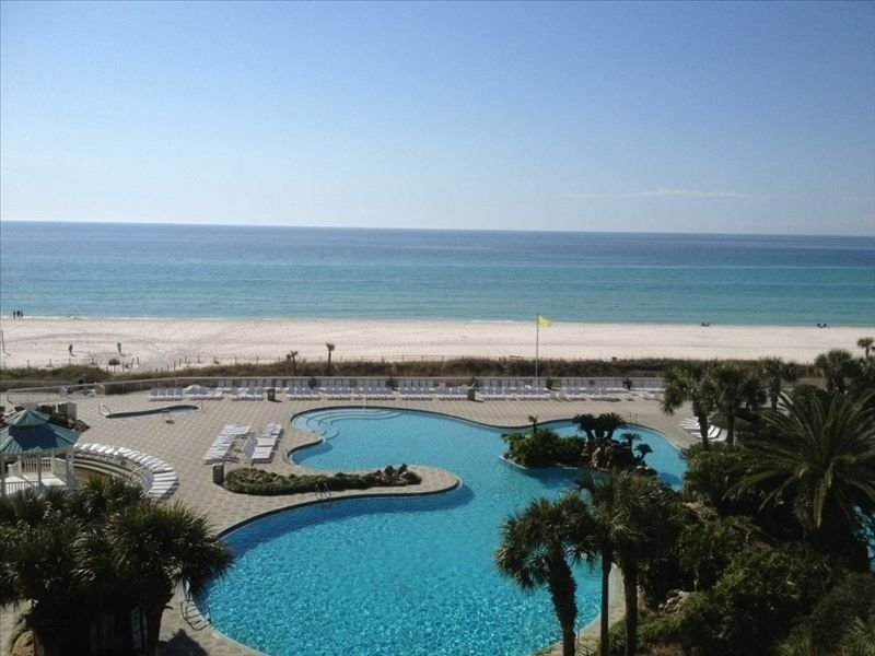 Tower 1 5th floor! Clean 1BR Deluxe.  Book for Spring and Summer!!, alquiler de vacaciones en Panama City Beach