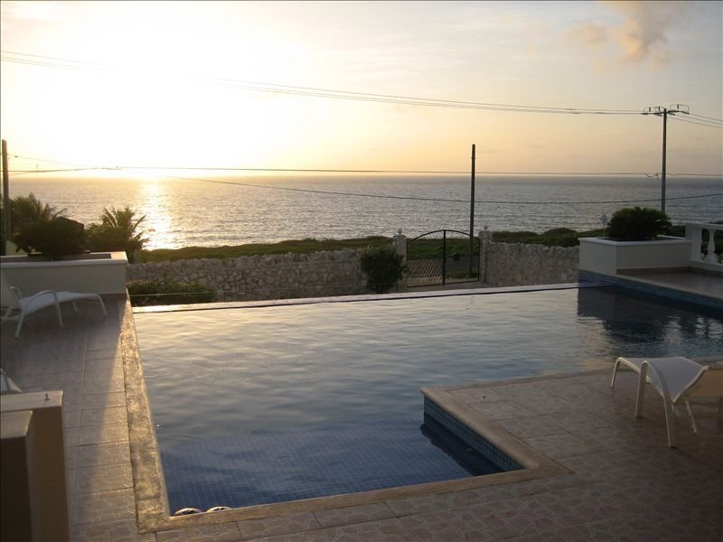 Casa De Jaguar, Most Photographed Home on the Island, holiday rental in Playa Mujeres