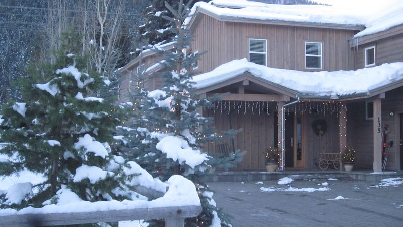 Close to lifts! Sleeps 14 luxury home 14 person hot tub!, Ferienwohnung in Ketchum