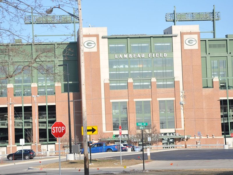 Pack Shack 4 in the Shadows of Lambeau Field /Titletown COMPLETELY REMODELED, casa vacanza a Green Bay