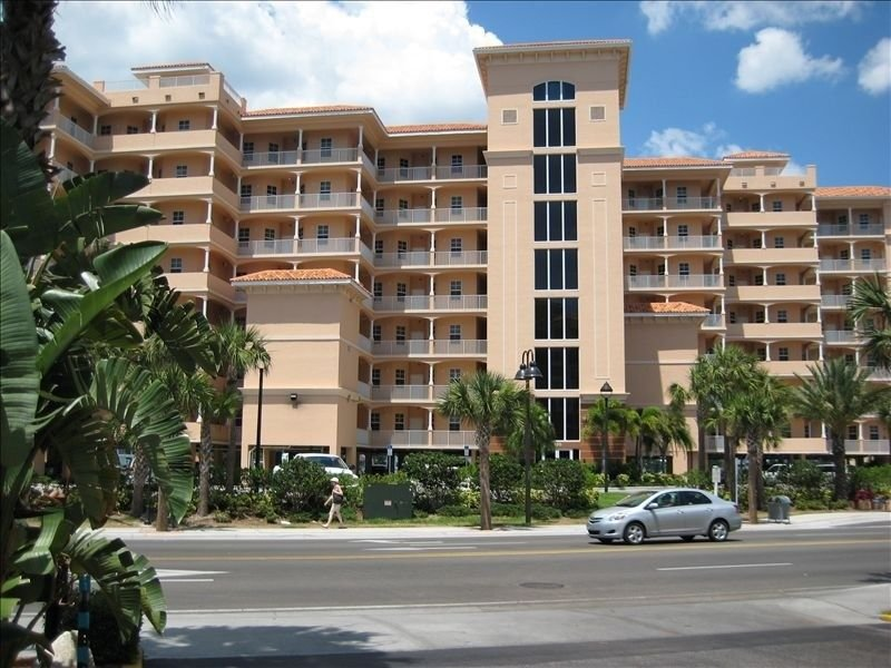 Fabulous Penthouse - Views Galore!!!, vacation rental in Clearwater