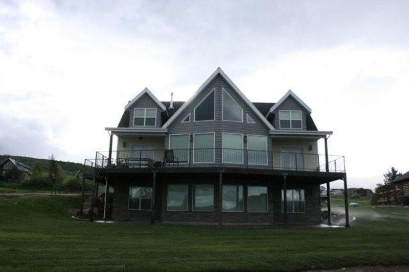 Lake House at Bear Lake!  Caribbean of the Rockies!, aluguéis de temporada em Laketown
