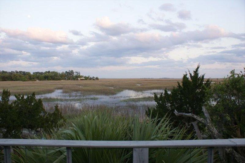 Marshbreeze...on Tidal Creek with Marsh View, Ferienwohnung in Darien