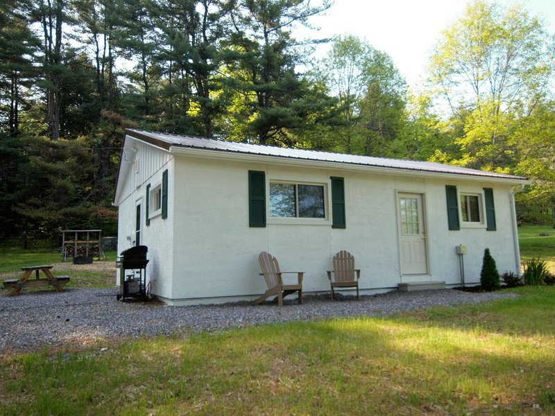A Haven in the Heart of Elk Country, location de vacances à Penfield