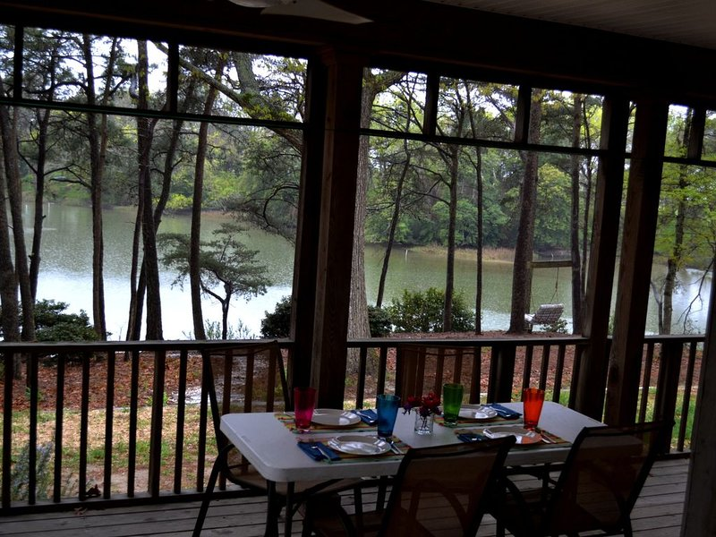 Feed Your Soul at Silver Beach Cove, vacation rental in Birdsnest