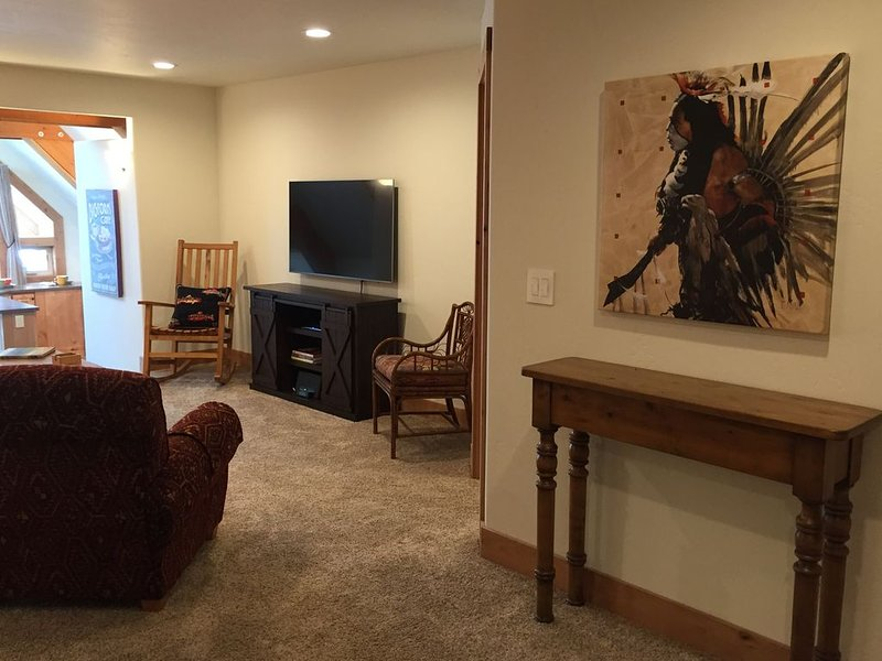 Heart of Downtown Bigfork!, holiday rental in Woods Bay