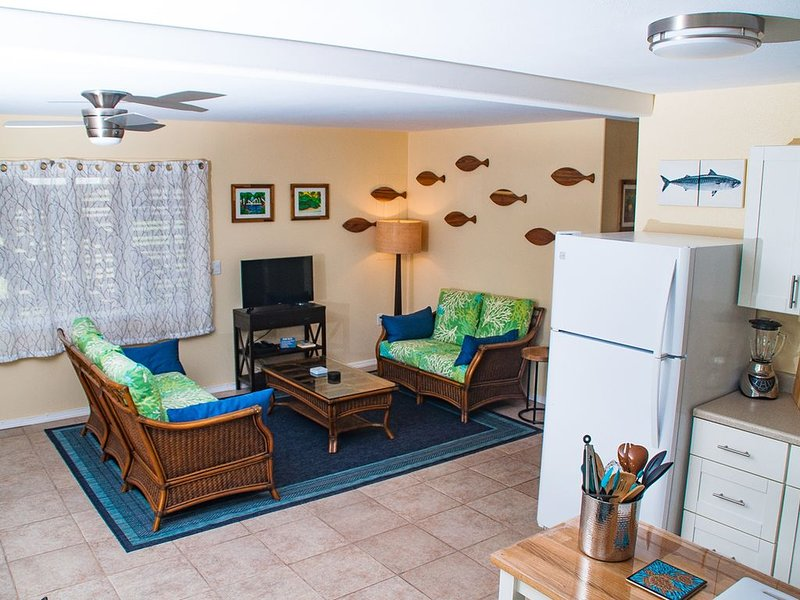 Northshore Pupukea Getaway up the hill from the best beaches on of Oahu, holiday rental in Haleiwa