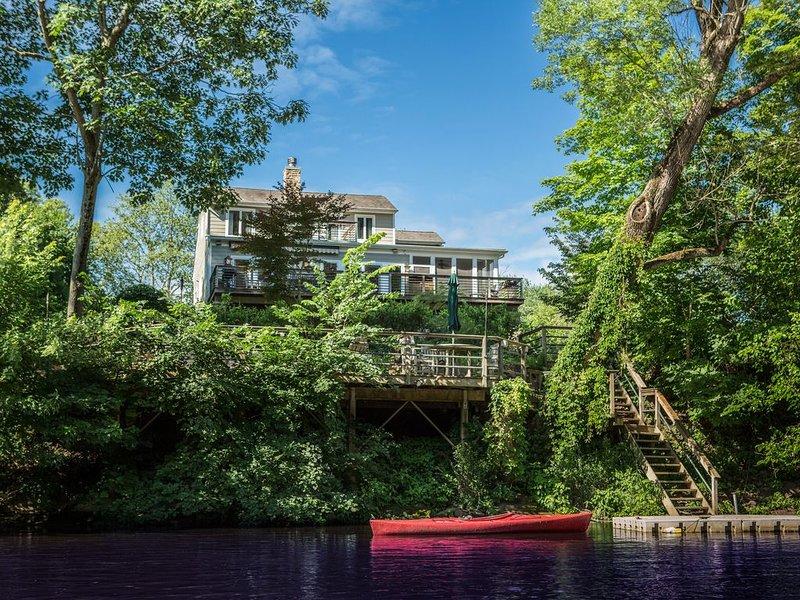 Bucks County All Season River Home, vacation rental in Rosemont