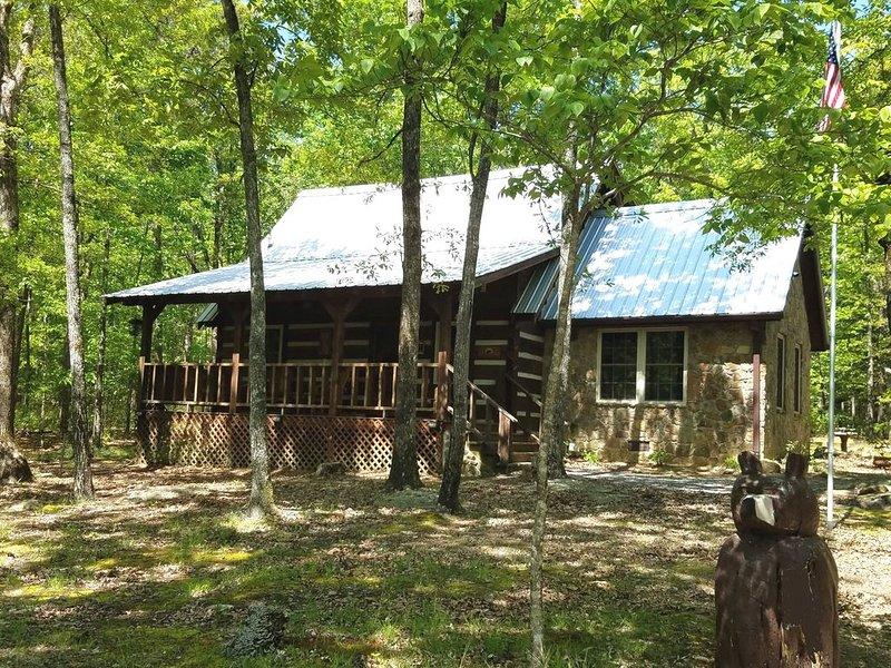Three Bears Lodge - The essence of Mentone, location de vacances à Pisgah