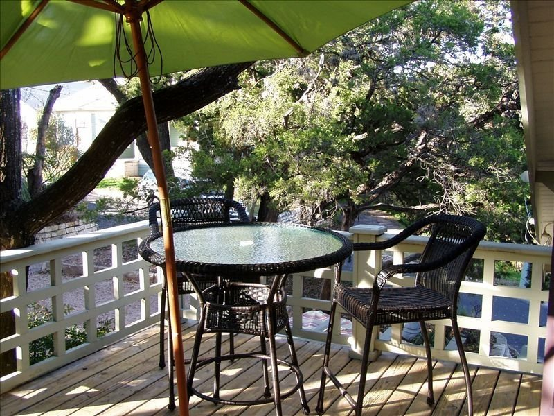 Clarksville's Bungalow in the Trees, vacation rental in Austin
