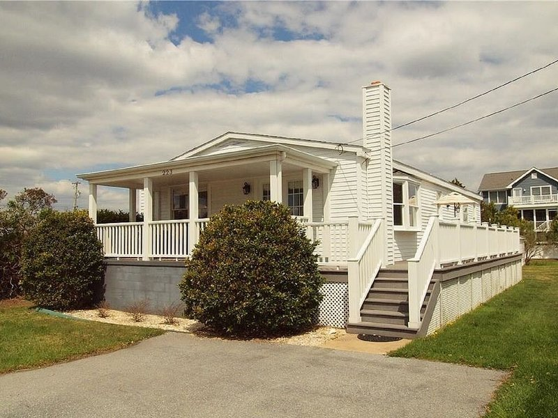 In town Bethany-Three bedroom cottage, holiday rental in Bethany Beach