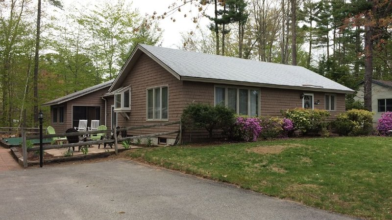 Bow Lake Family Getaway, holiday rental in Rochester
