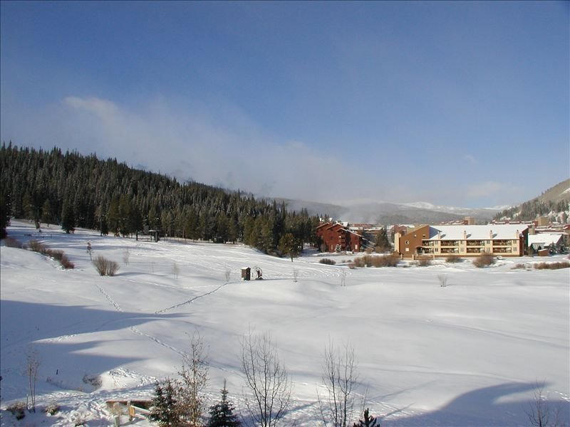 3 Bedroom Condo,  Great Location for Ski Families to Super Bee Lift, alquiler vacacional en Copper Mountain
