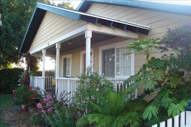 Santa Barbara, Carpinteria  Beach Charming House, vacation rental in Carpinteria