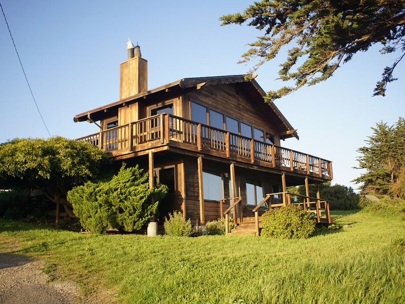 Magnificent Ocean View, Large Private Beach House, alquiler de vacaciones en Bolinas