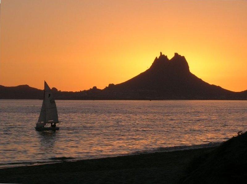 Ocean Front Paradise! $160/Night Bahia Delfin!, casa vacanza a San Carlos