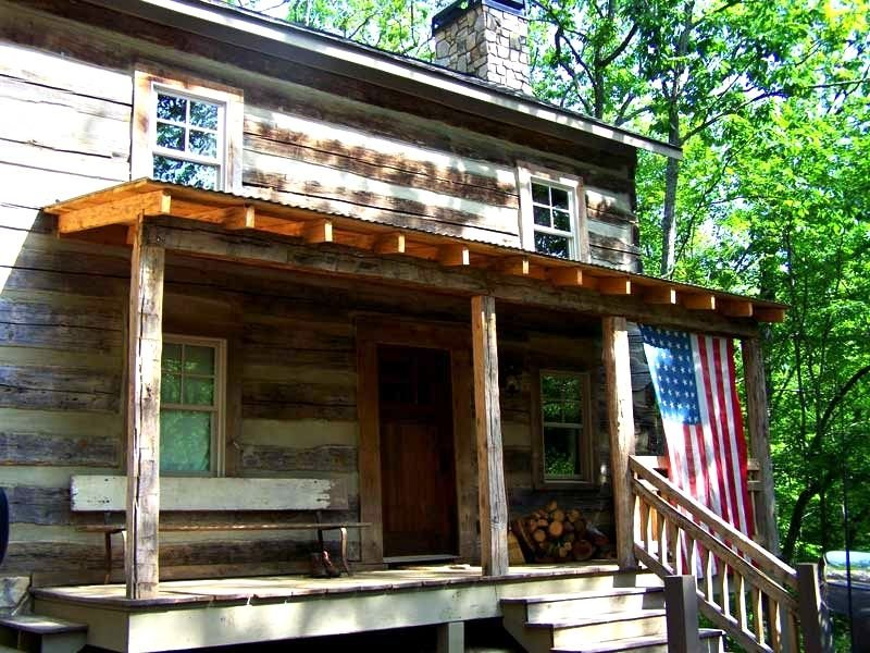 Mid-1800s Restored Log Cabin: A Great Way To Get Away From It All This Summer, vacation rental in Big Canoe
